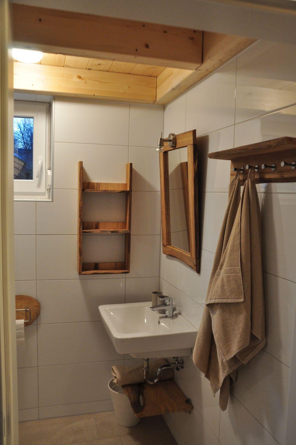 badkamer 1 foto 3