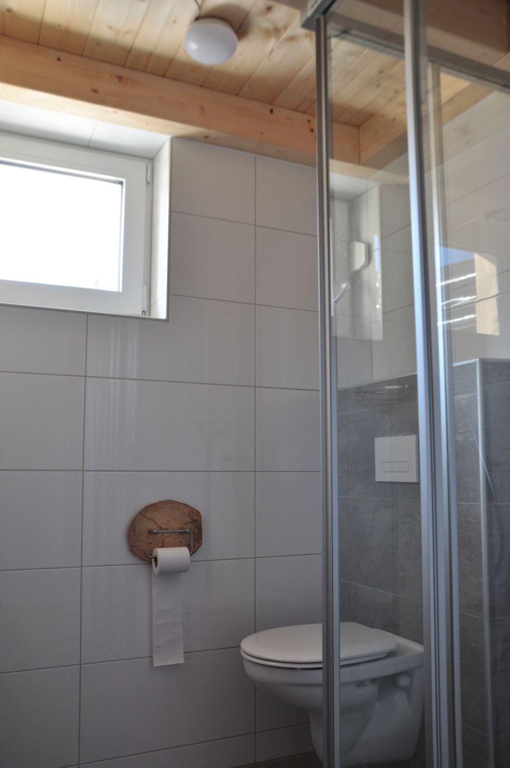 badkamer 2 foto 1